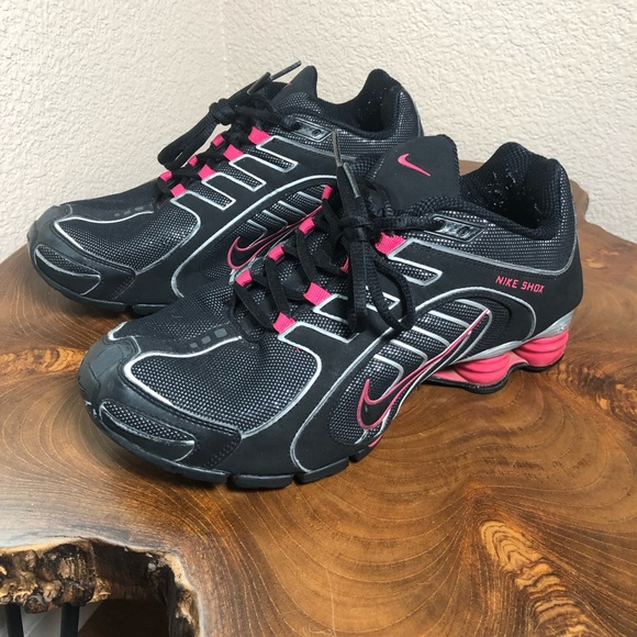 newest collection 21a82 4ab0c Vintage Nike Shox Navina Black Pink Silver Running